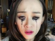 怎么了?陈乔恩哭花妆,睫毛膏糊了一脸