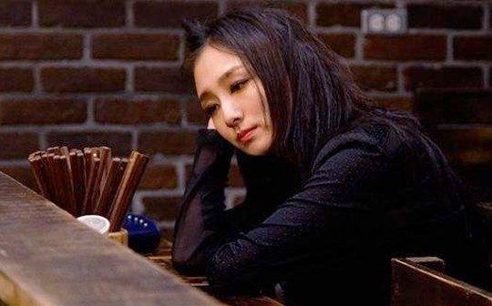 """叶青挑战""""忘年恋"""""""
