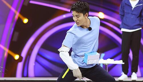 《来吧冠军》第二季—纸巾保卫战贾乃亮反尬舞