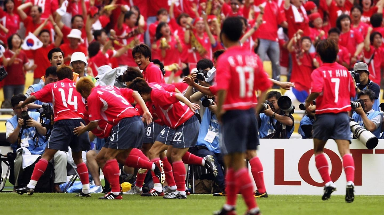 02年世界杯韩国创历史 点球淘汰西班牙晋级四强
