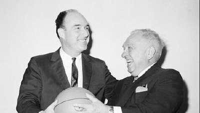 历史上的9月2日:肯尼迪成NBA第二任总裁