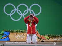 孟苏平谈赛后一跪 用大礼感谢帮助过她的人