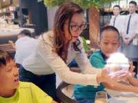 杨紫琼在孩子面前飙演技