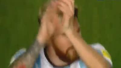 【赛后】梅西再次征服阿根廷 赛后接受欢呼鼓掌回敬球迷