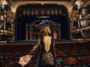 在圣彼得堡(米哈伊洛夫斯基剧院)欣赏一场芭蕾舞表演