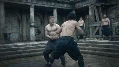 《亚瑟王:斗兽争霸》困兽觉醒预告 盖·里奇玩转寓言魔幻传奇
