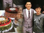 周润发62岁生日收5个蛋糕 与郭富城在片场庆祝