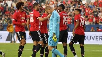 马塔助攻拉什福德梅开二度 曼联2-0迎梦幻开局