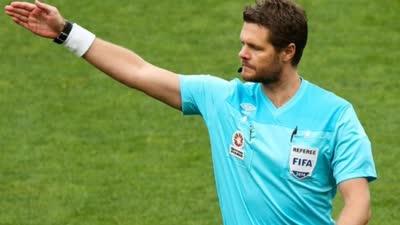 亚冠半决赛上港浦和次回合 澳洲裁判执法