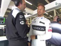 F1英国站排位赛Q1:巴顿大难不死往回跑