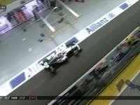 F1新加坡站正赛:汉密尔顿进站换胎莱科宁已经跑远