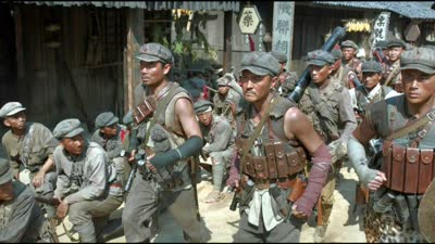 《勇士》终极预告 红色特攻队穿越火线