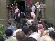 男子自己家中安装空调 空调突发爆炸致其身亡