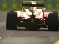 F1澳大利亚站二练集锦 小汉第一  罗斯伯格雨中撞车