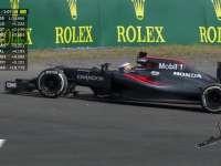 F1日本站FP1:阿隆索主场玩碰碰车不幸上墙