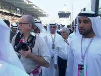 F1阿布扎比站正赛赛前 伯尼和土豪们走赛道