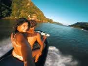 令人疯狂海上花式运动 极限汽艇