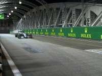 F1新加坡站FP2集锦:小汉意外退赛 罗斯伯格拿下第一