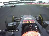 F1马来西亚站正赛:佩雷兹投诉维斯塔潘绿旗前超Kimi