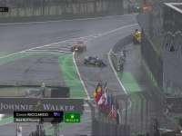 F1巴西站正赛:里卡多进站压过实线