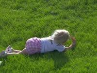 萌翻啦!F1阿布扎比站FP3 超萌萝莉满草地打滚