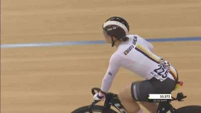 女子争先赛金牌战 德国选手完胜澳大利亚选手拿到冠军