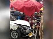 女司机油门当刹车致人死亡 此前只开过两次车