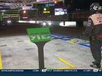 勒芒24小时耐力赛:丰田6号进站