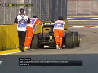 F1新加坡站FP1:巴顿赛车抛锚被一路推回P房