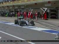 F1美国站正赛:汉密尔顿进站换上软胎