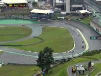 F1巴西站正赛:汉密尔顿看不清安全车顶灯