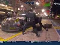 勒芒24小时耐力赛:奥迪8号赛车进站维修