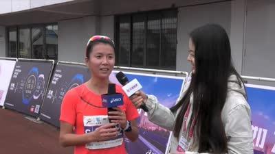 奥运冠军刘虹满意首马成绩 享受过程乐在其中