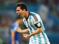 梅西爆发连过两人破门 阿根廷2-0扩大比分