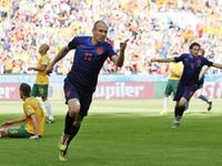 罗本反击独闯龙潭破门 荷兰队1-0取得领先