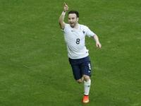 法国队快速反击 瓦尔布埃纳破门法国3球领先