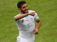哈利切角球头球破门 阿尔及利亚2-0再下一城