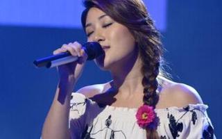 那英做客《康熙来了》现场点评刘明湘演唱