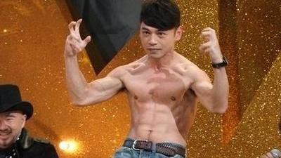"""阿ken首演""""男主角"""" 一起见证求婚经历"""