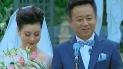 朱军长年为妻子戴首饰 吴萍回忆患病历程