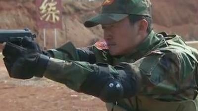 战队赛枪械组装惊现意外 生死时刻炽火队起死回生