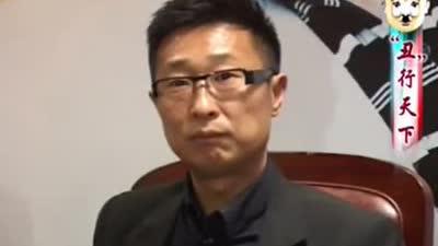 """黄渤""""丑已娱人""""犀利哥"""