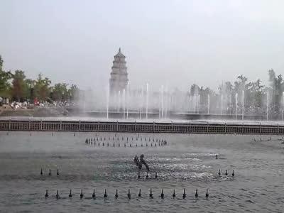 西安大雁塔北广场音乐喷泉--金蛇狂舞