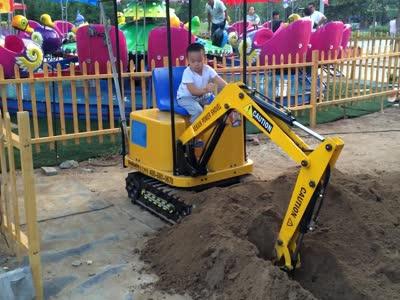 大型儿童玩具挖掘机 室内游乐设备